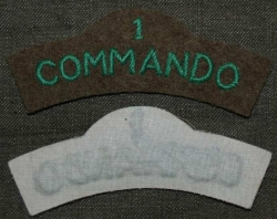 SHOULDER TITLE No 1 COMMANDO OBLOUČEK REPRO BAVLNA