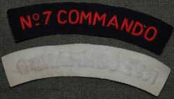 SHOULDER TITLE No 7 COMMANDO OBLOUČEK REPRO BAVLNA